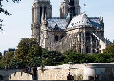 Notre-Dame-framed